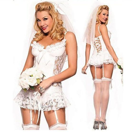 Нежный эротический костюм невесты